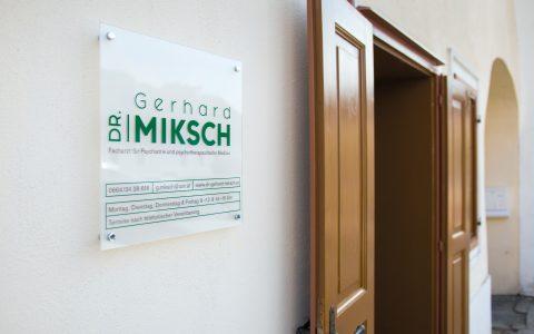 Eingang Ordination Dr. Gerhard Miksch